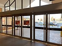 Wartung und Reparatur von Eingangstüren